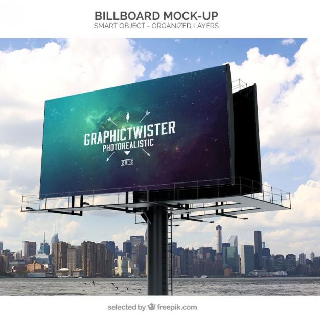 Gerçekçi Billboard Mockup Tasarımı