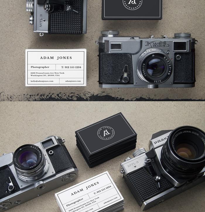 Vintage Fotoğraf Makinesi Kartvizit Mockup